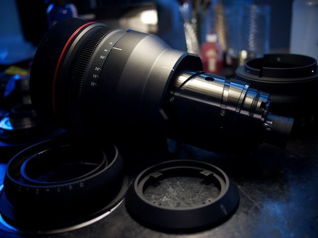 Lens Guts: RED18-85mm